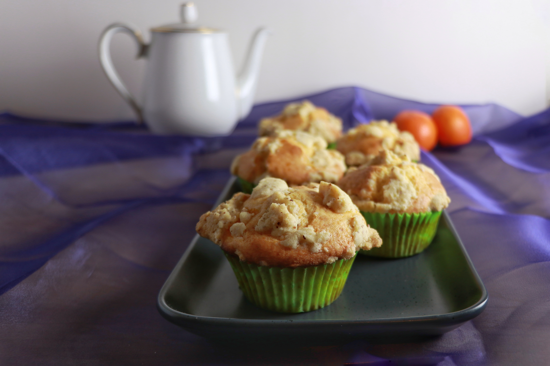 Mandarinen Muffins mit Mandelstreuseln